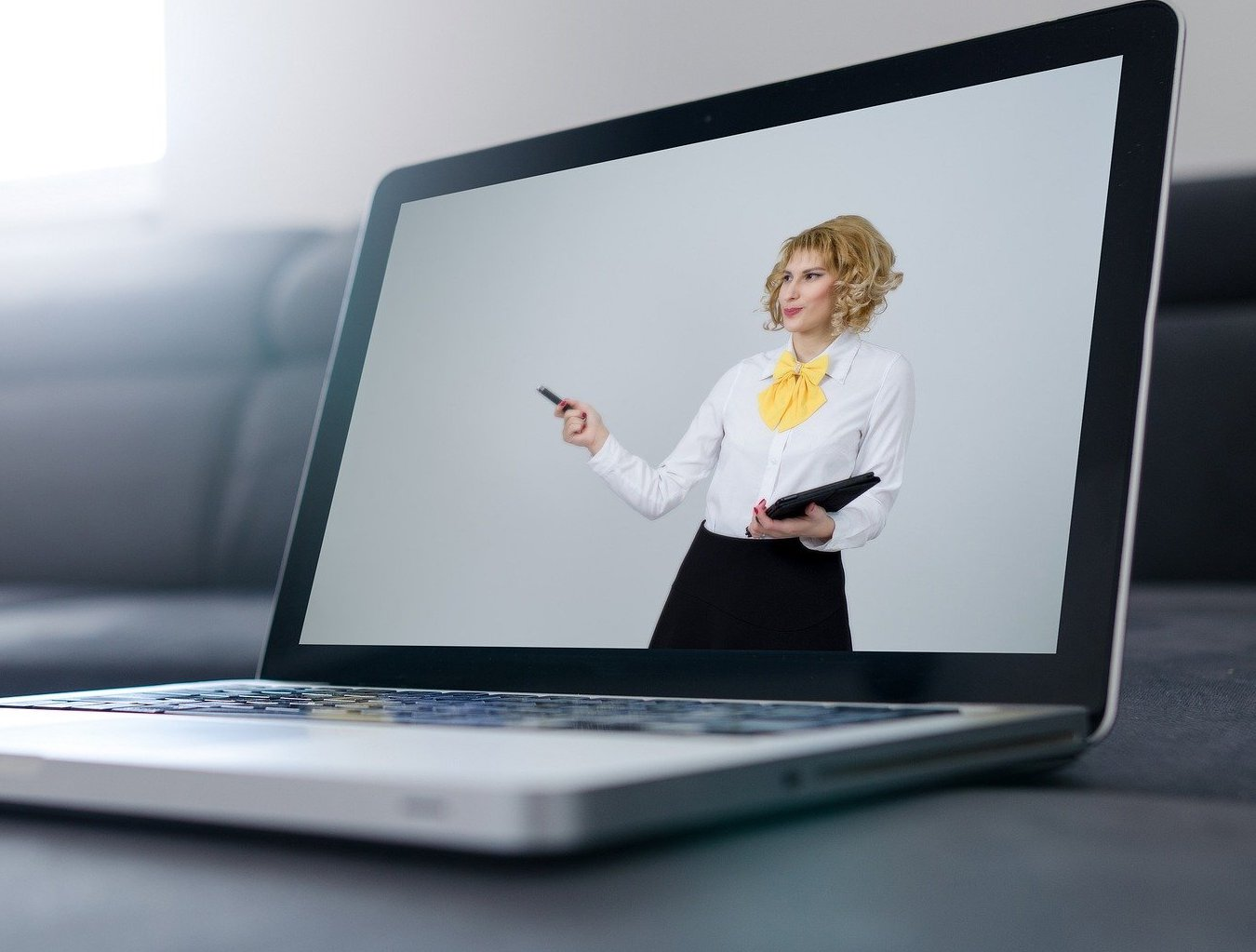 3 Tips for Pitching to Venture Capitalists Remotely